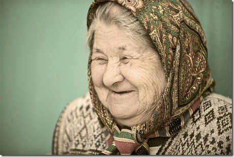 800px-old_woman_in_kyrgyzstan_2010_650
